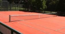 Illustration : Normes court de tennis en gazon artificiel