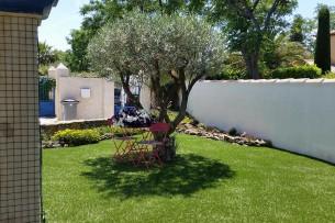 Création en pelouse artificielle : Pelouse en terrasse