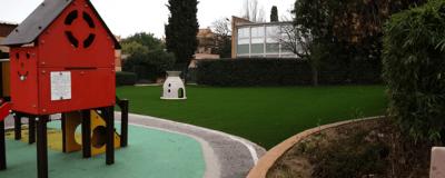 ecole-fausse-pelouse-artificielle-jardin