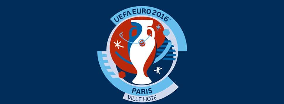 Illustration de Des pelouses semi-synthétiques en vue de l'Euro 2016