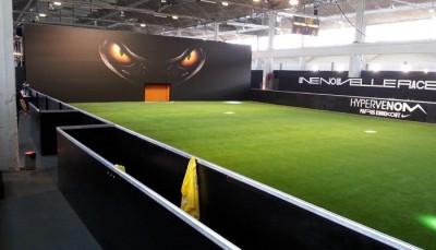 faux-gazon-pour-football-indoor-vert