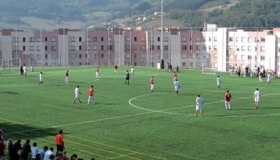 gazon-artificiel-pour-football-et-rugby