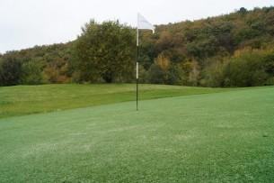 Création en pelouse artificielle : Golf et gazon