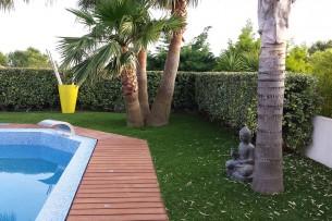 Création en pelouse artificielle : Achat et pose de gazon synthétique à Mandelieu-la-Napoule