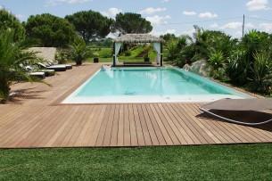 Création en pelouse artificielle : Achat et pose de gazon synthétique à Martigues