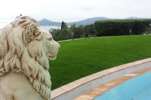 Création en pelouse artificielle : Achat et pose de gazon synthétique à Nice