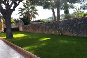 Création en pelouse artificielle : Achat et pose de gazon synthétique à Toulon