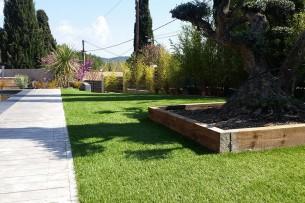 Création en pelouse artificielle : Achat et pose de Gazon Synthétique à Roquebrune-sur-Argens