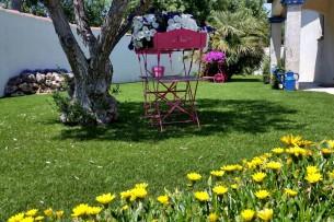 Création en pelouse artificielle : Achat et pose de gazon synthétique à Tarascon
