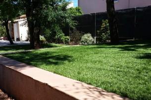 Création en pelouse artificielle : Achat et pose de gazon synthétique à Bouc-Bel-Air