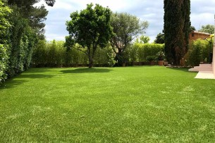 Création en pelouse artificielle : Commander une pelouse synthétique dans les Hauts-de-seine