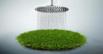 Illustration : Le gazon synthétique quand il pleut : Évitez les mauvaises surprises !
