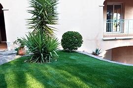 Création en pelouse artificielle : Achat et pose de gazon synthétique à Grenoble
