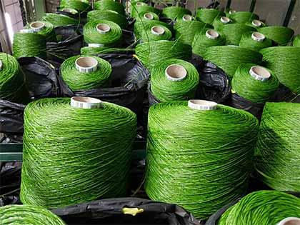 bobine d'herbe artificielle